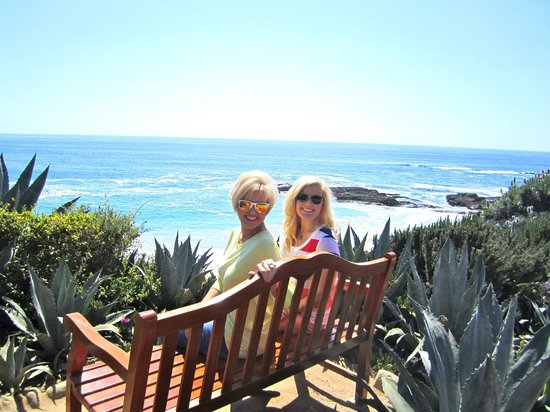 Montage Laguna Beach: Love the benches that are scattered on the property