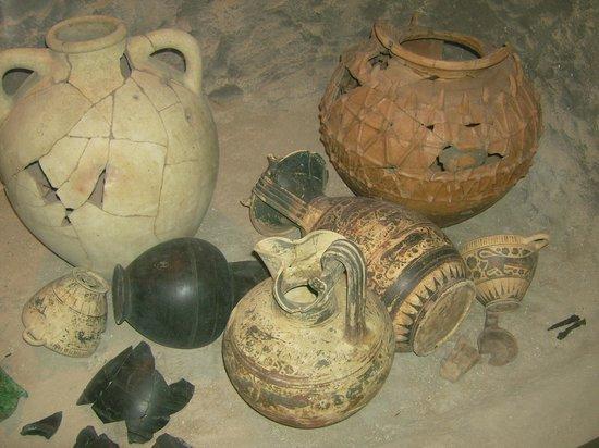Museo Archeologico di Calatia : Vasi