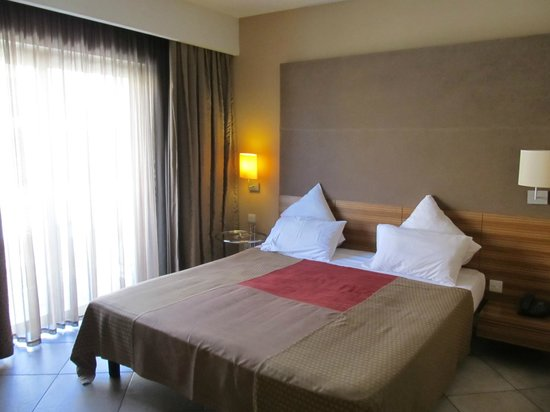 Maritim Antonine Hotel & Spa: Room in secondary building