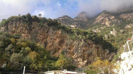 Roccia vista da La Mammola