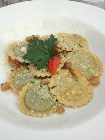 Restaurant Pizzeria & Steakhouse Anny: Tortelli con ripieno di spinaci