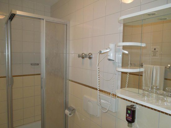Ibis Styles Berlin City Ost: Bagno