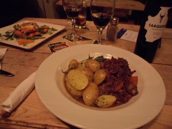 The Rose and Crown: Beef Bourguignon