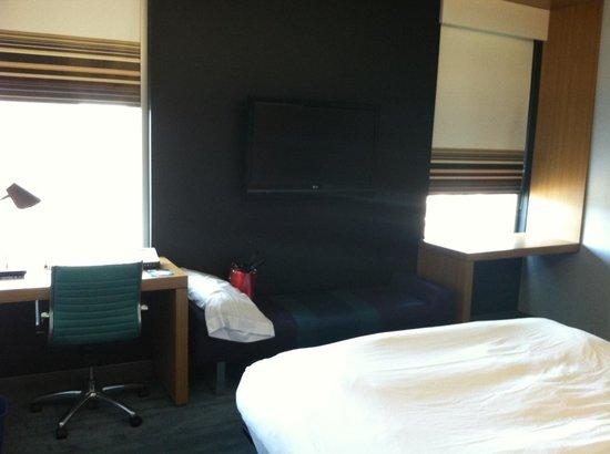 Aloft Richmond West: Room 1