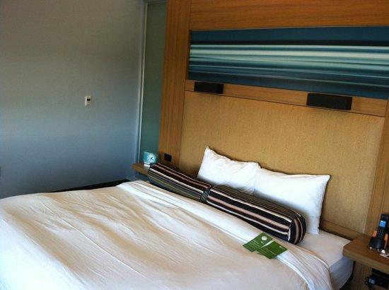 Aloft Richmond West: Room 2