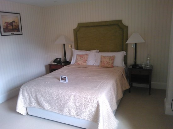molly bedroom picture of rushton hall hotel and spa rushton