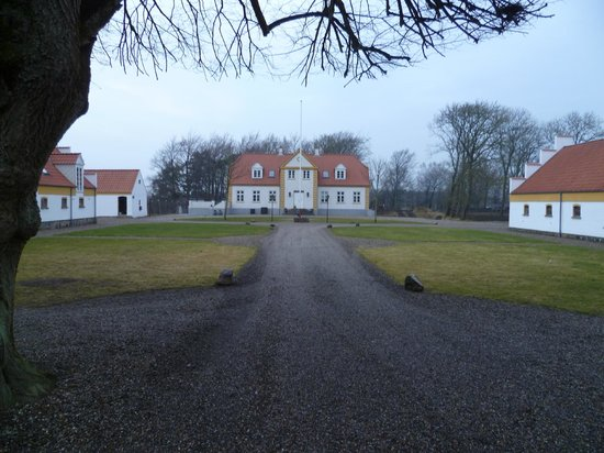 Hotel BramslevGaard : Main Courtyard