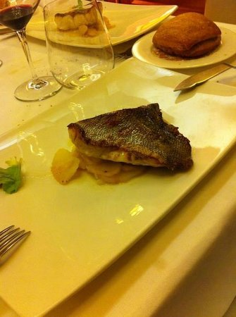 Restaurante Plaza : Un buen mero
