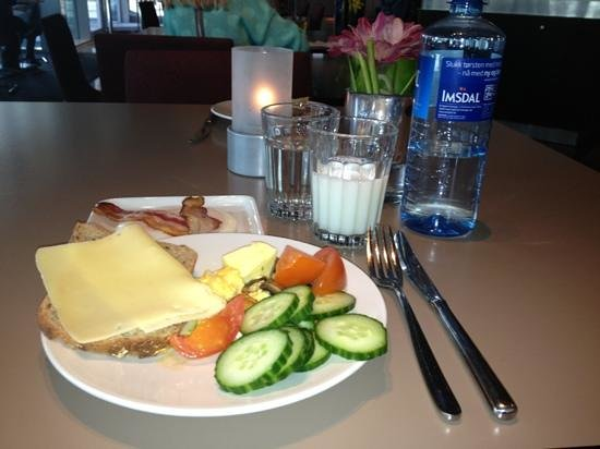 Comfort Hotel Square: frokost