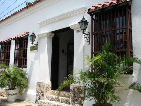Hotel Casa de las Palmas: ENTRADA PRINCIPAL DEL HOTEL