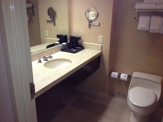Harrah's Gulf Coast: Bathroom