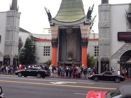 Amazing LA Tours: Chinese Theatre