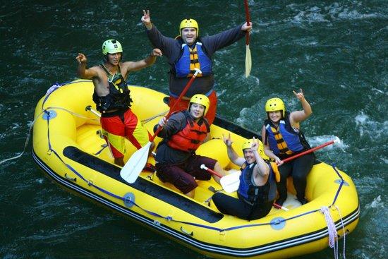 Rotorua Rafting: yeaaahhhh