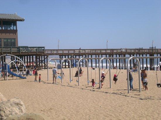 Crowne Plaza Ventura Beach Playground Between Hotel And Pier