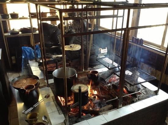 Entrada picture of almenara de catalucia madrid - Cocinas de lena ...