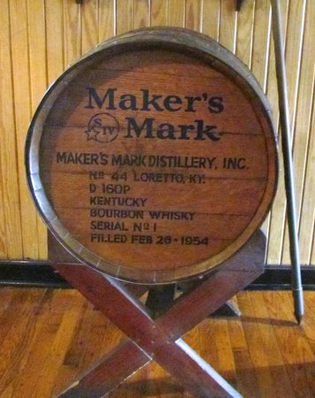 Kentucky: The classic Maker's Mark barrel logo