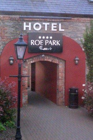 Roe Park Resort: Entrance to Roe Park