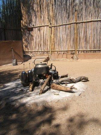 Umlani Bushcamp: Boma fire