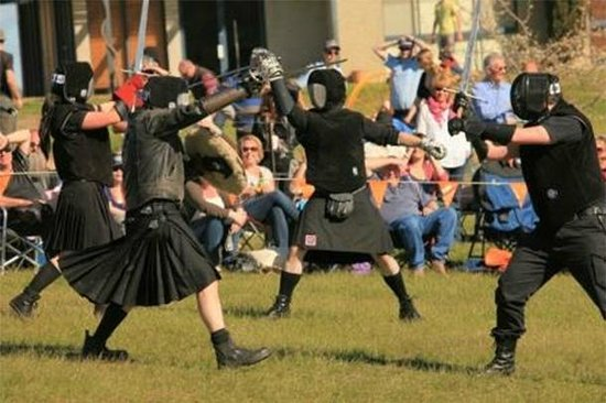 Advance Motel: Highland Games at Amulet