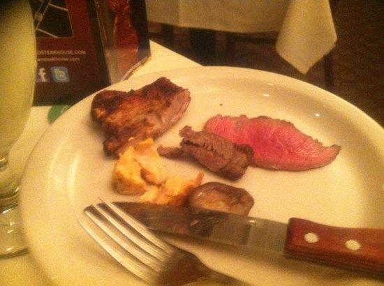 Avenida Brazil Churrascaria Steakhouse: love the meat!!!