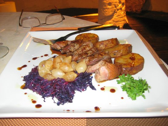 Yolo | Fusion Cuisine and Sushi Lounge: Duck Breast. Very nice