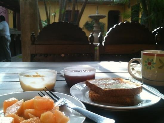 Hotel Trinidad: desayuno americano