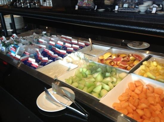 breakfast buffet picture of niagara falls marriott on the falls rh tripadvisor co za breakfast buffet niagara falls ny breakfast buffet niagara falls 6.99