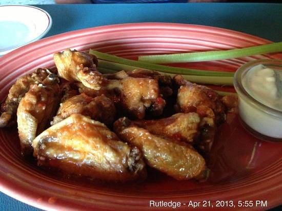 Classic Rock Cafe: perfectly prepared chicken wings.