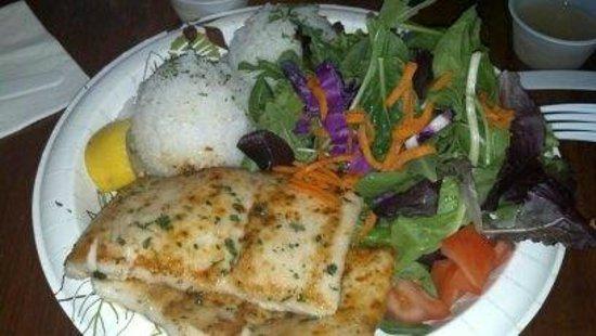 Minnie's: mahi mahi fish plate  the salad was so fresh and so was fish!