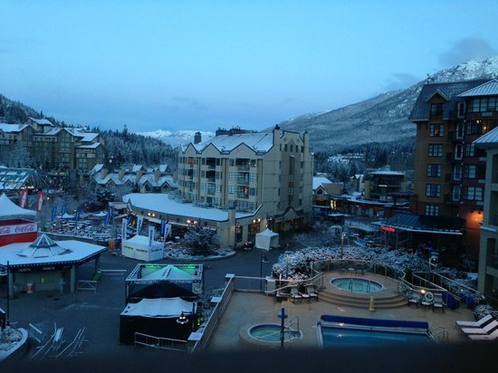 Sundial Boutique Hotel: Skiers Plaza taken from The Pan Pacific. Sundial on left.