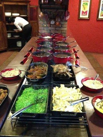 La em Casa Restaurante: sobre a chapa do fogão a lenha