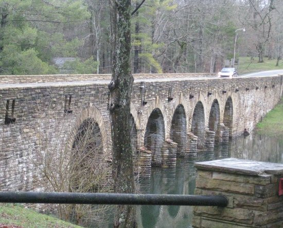 Cumberland Mountain State Park: Bridge made out of Crab Orchard Stone