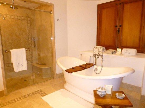 Belmond Palacio Nazarenas: Pres Suite Bath