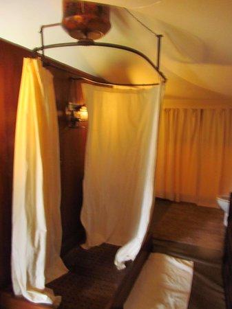 Serengeti Pioneer Camp: in room shower