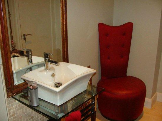 Atlantic Waves Guest House: Ванная комната