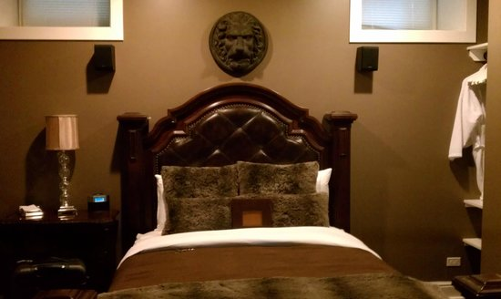 Villa D'Citta: our bed