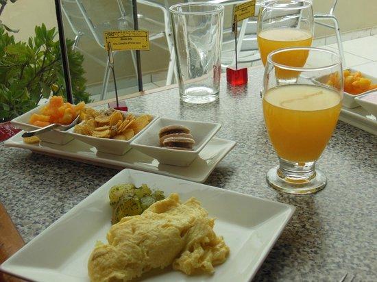Hotel Runcu Miraflores: Café personalizado - Toque especial que evita desperdício