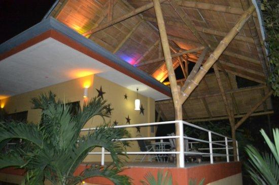 Hotel Luz de Luna: TERRAZA