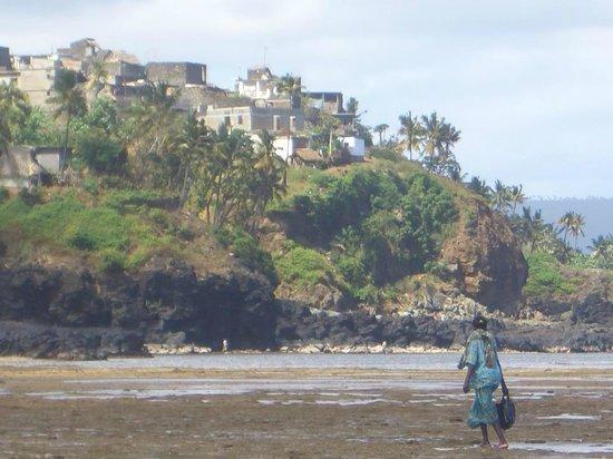 vue côtière de la ville de moya