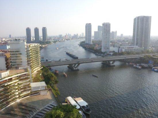 Shangri-La Hotel,Bangkok: Working River