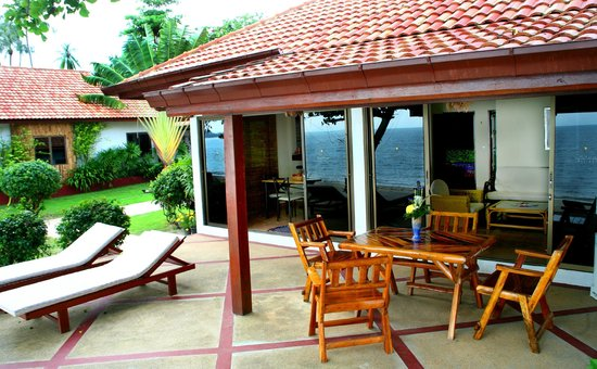 Seaview Paradise Resort Hotel: Spacious decks