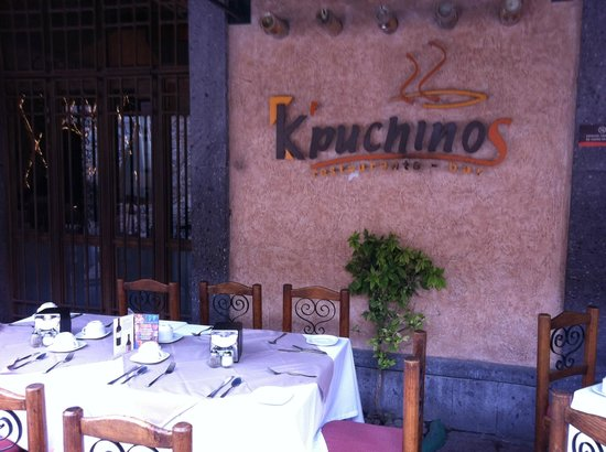 K'puchinos Restaurante Bar: Terraza K´puchinos