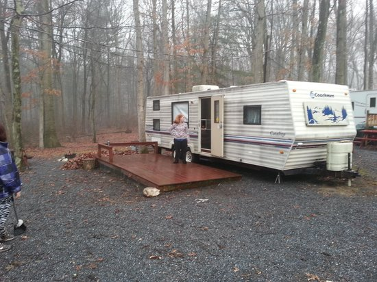 Deer Run Camping Resort: our first day on our new site