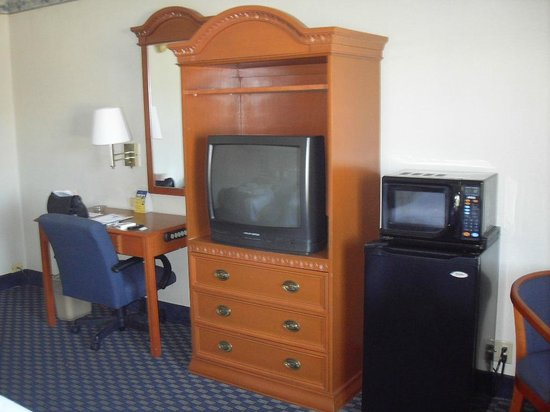 BEST WESTERN Westgate Inn: part of room