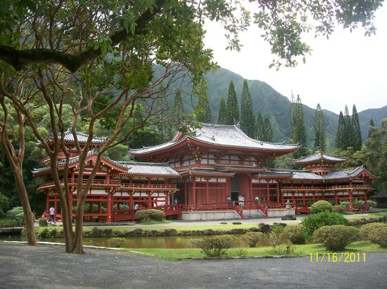 Byodo-In Temple: the temple