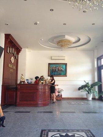 Hoang Long Hotel: Lobby