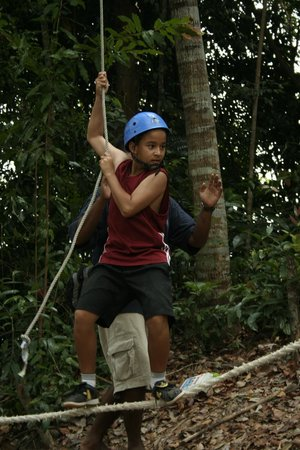 Telunas Beach Resort: Low ropes adventure