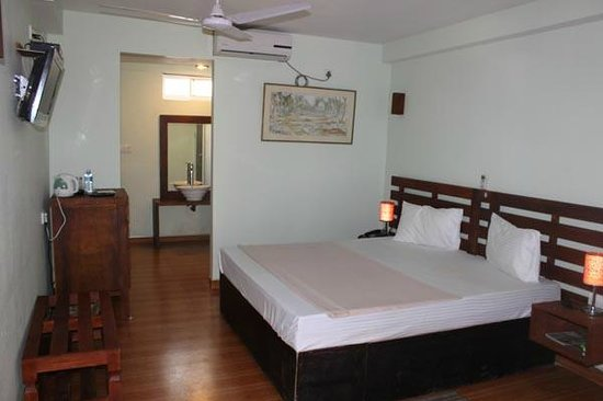 Sunset Hotel: One of the rooms I checked out