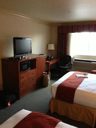 Holiday Inn Express Hotel & Suites Burlington: Double Bed Room