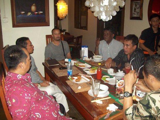 Cafe Bali: Makan malam